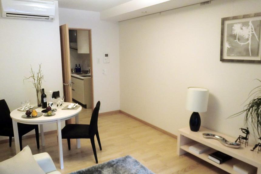 Room01 01