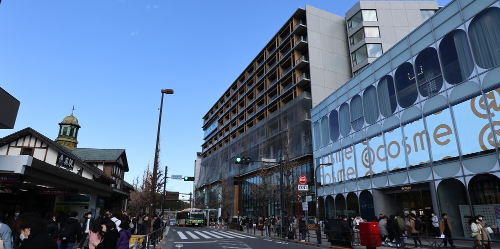 "WITH HARAJUKU RESIDENCE(ウィズ原宿レジデンス)<img src=""/img/home/ico_new.png"" width=""46"" style=""margin-left:15px"">"